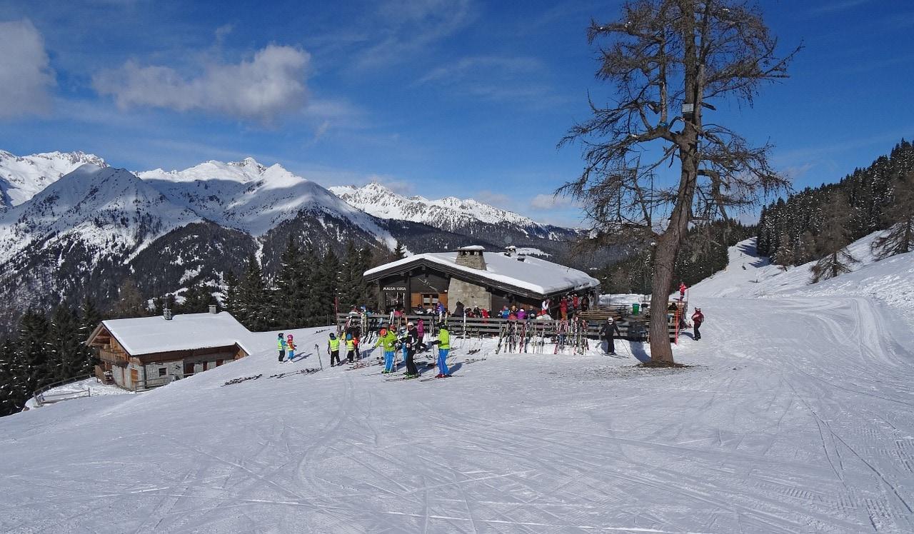סקי במדונה קי דמפינליו