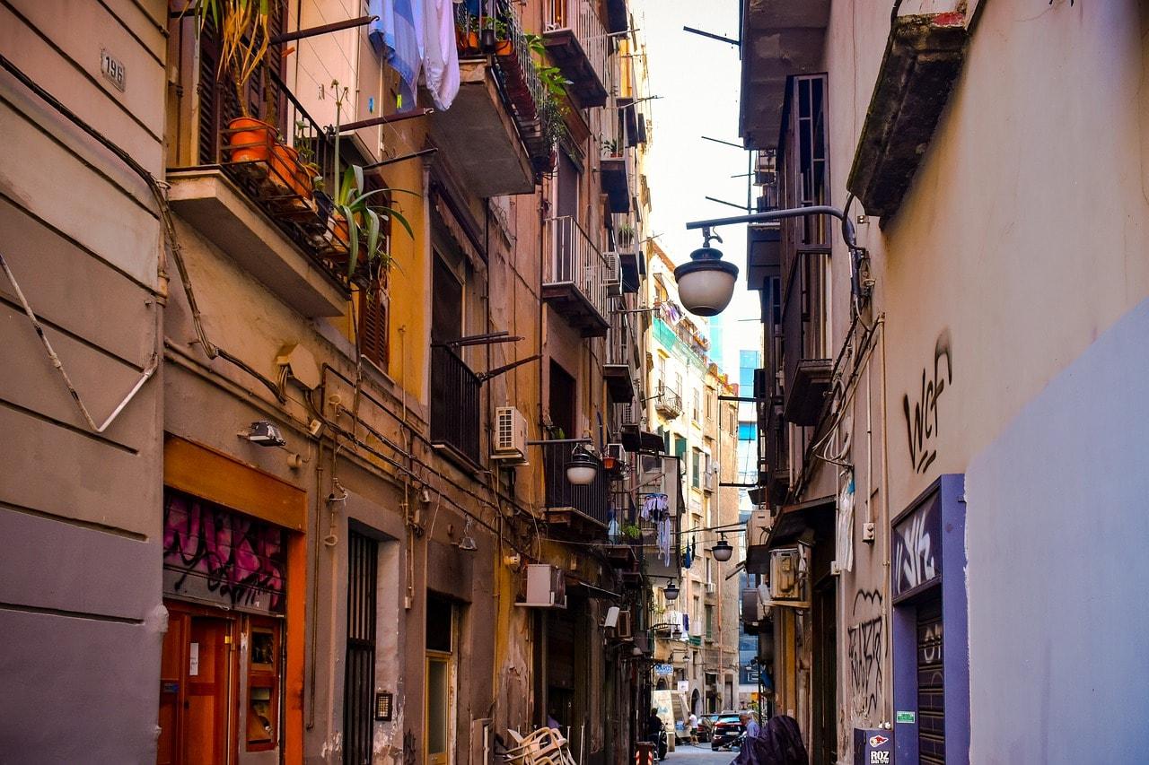 רחוב בנאפולי