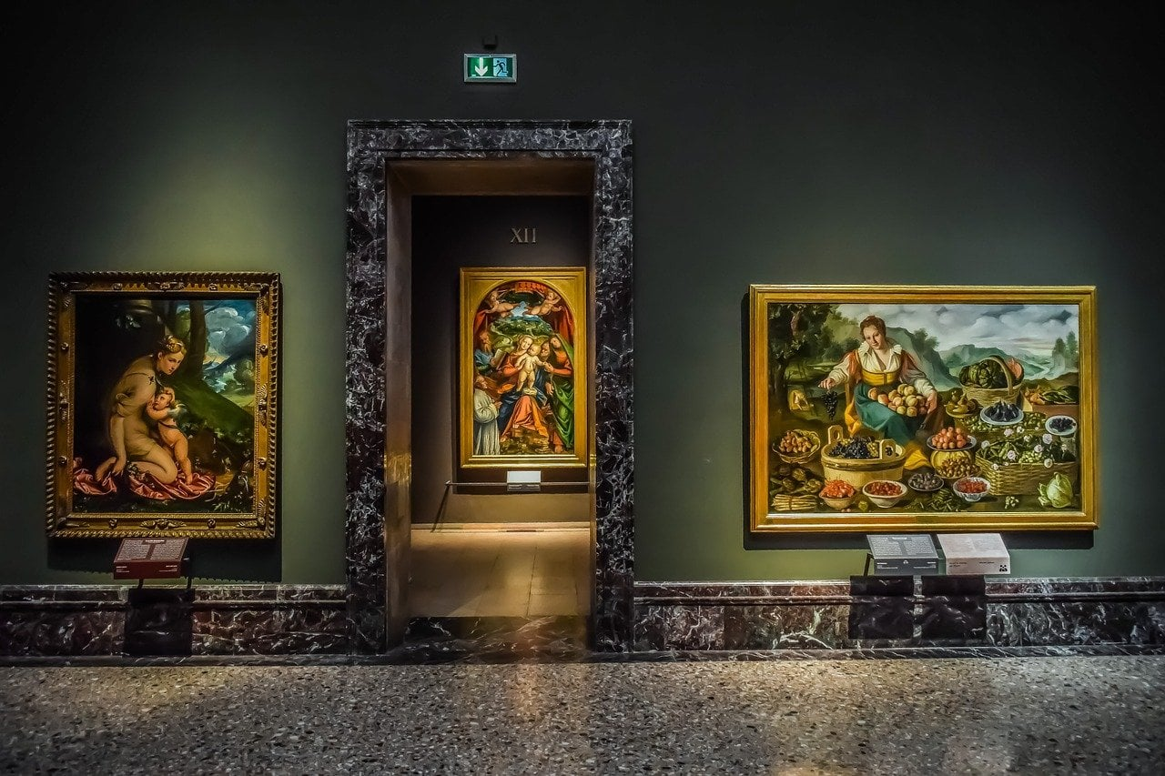 ציורים במוזיאון בררה
