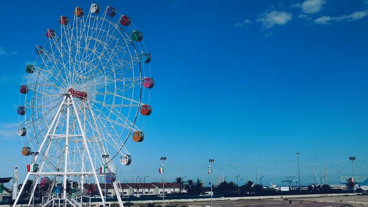 הגלגל הענק בנמל פסקרה