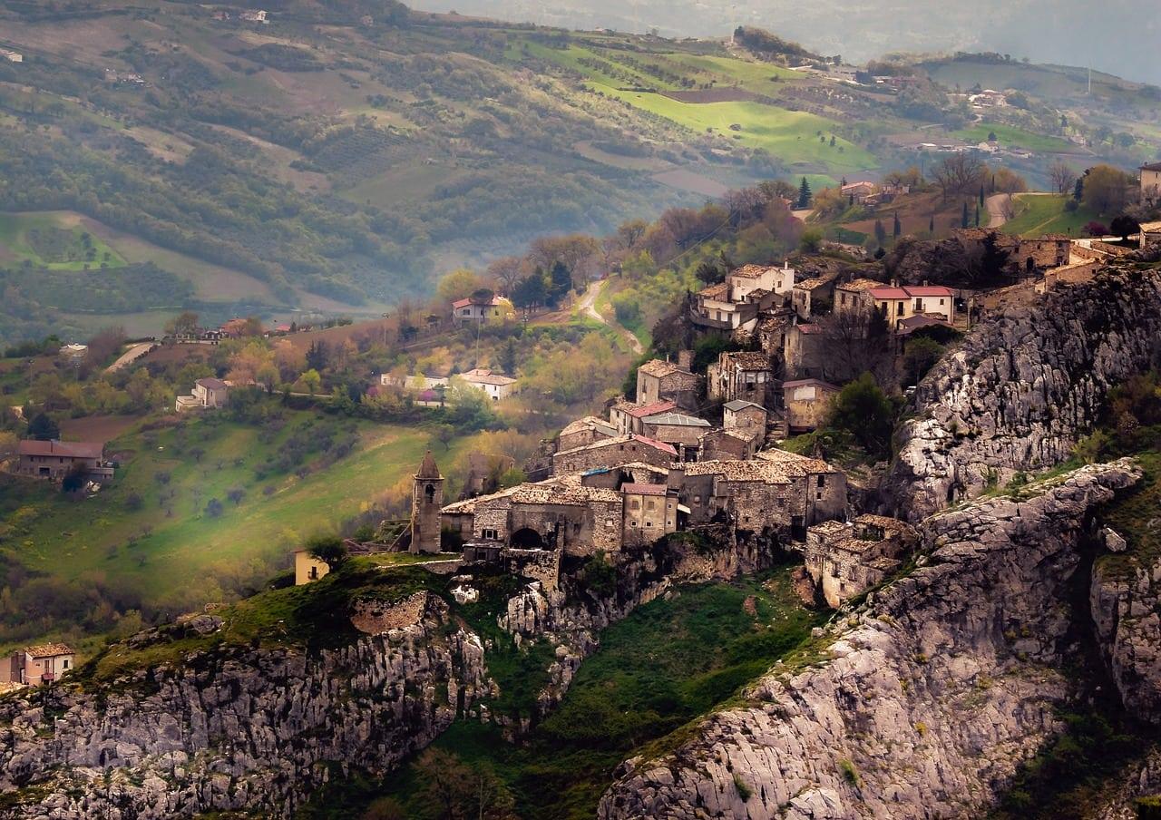הכפרים ההריים המתוררים
