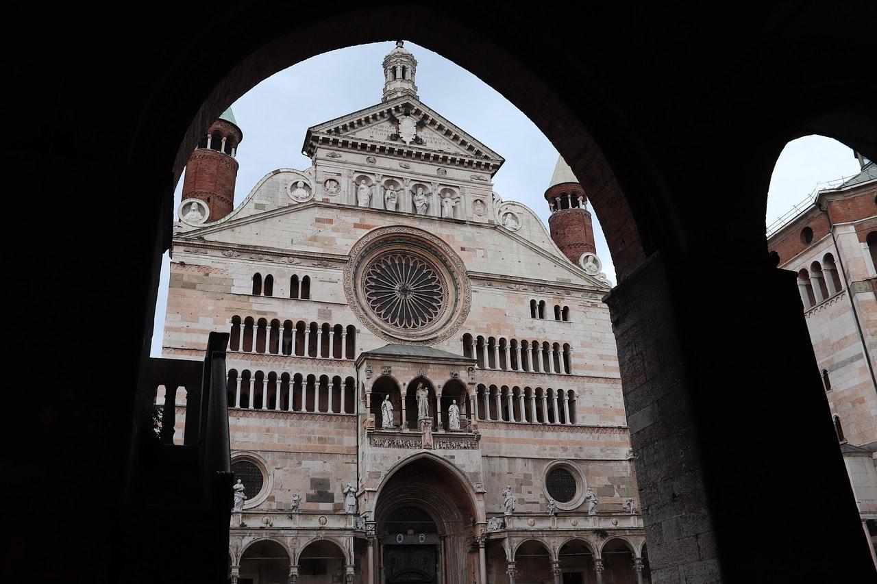 חזית הקתדרלה של קרמונה
