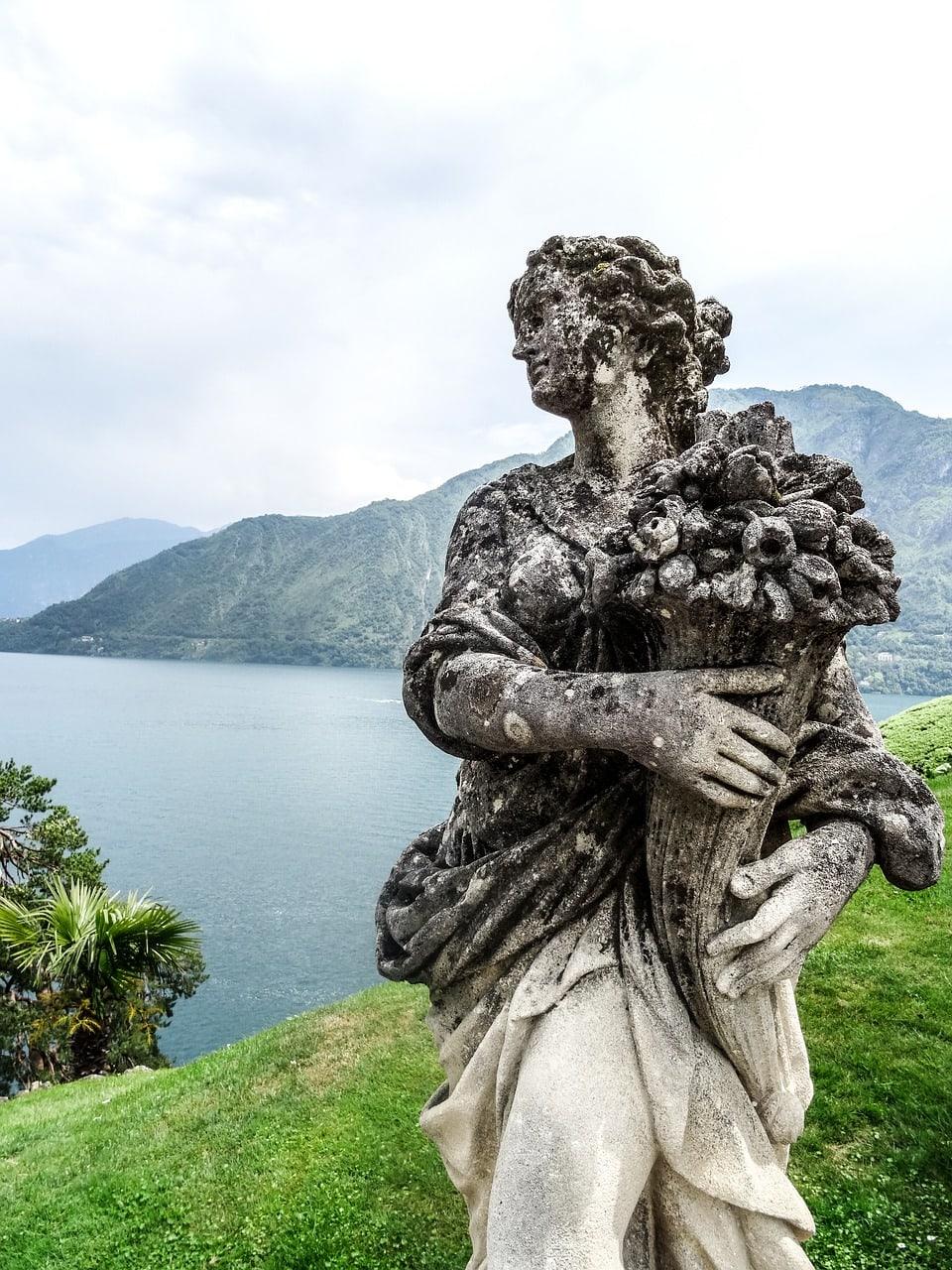 פסל בוילה בלביאנלו